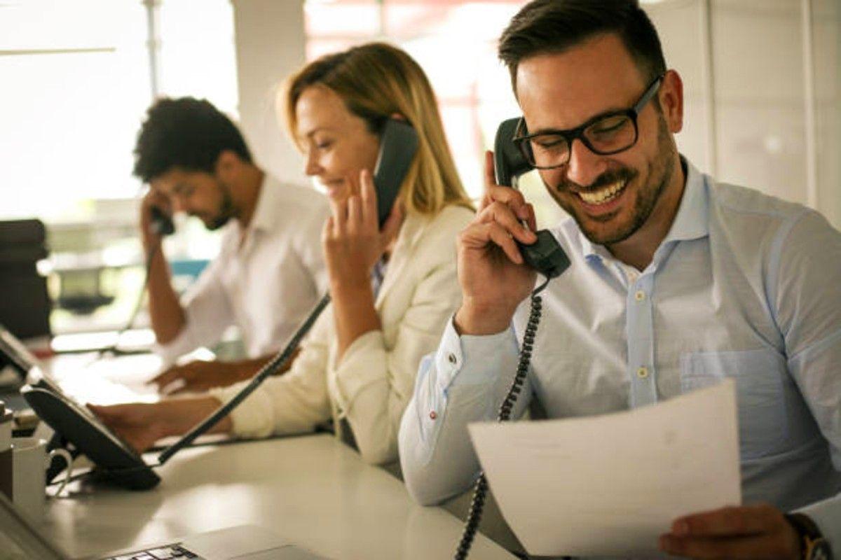 call answering service company