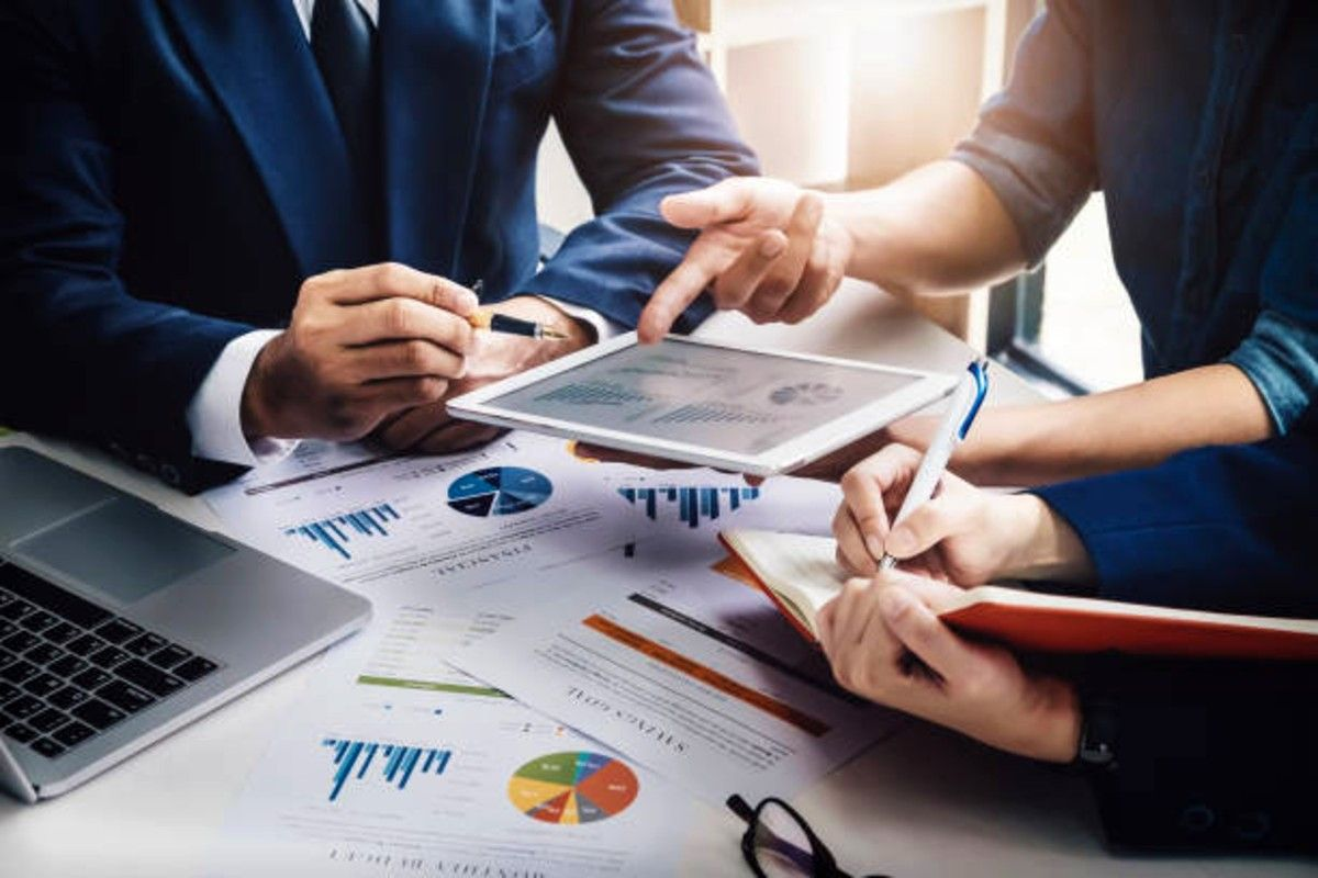 how does market research works for companies