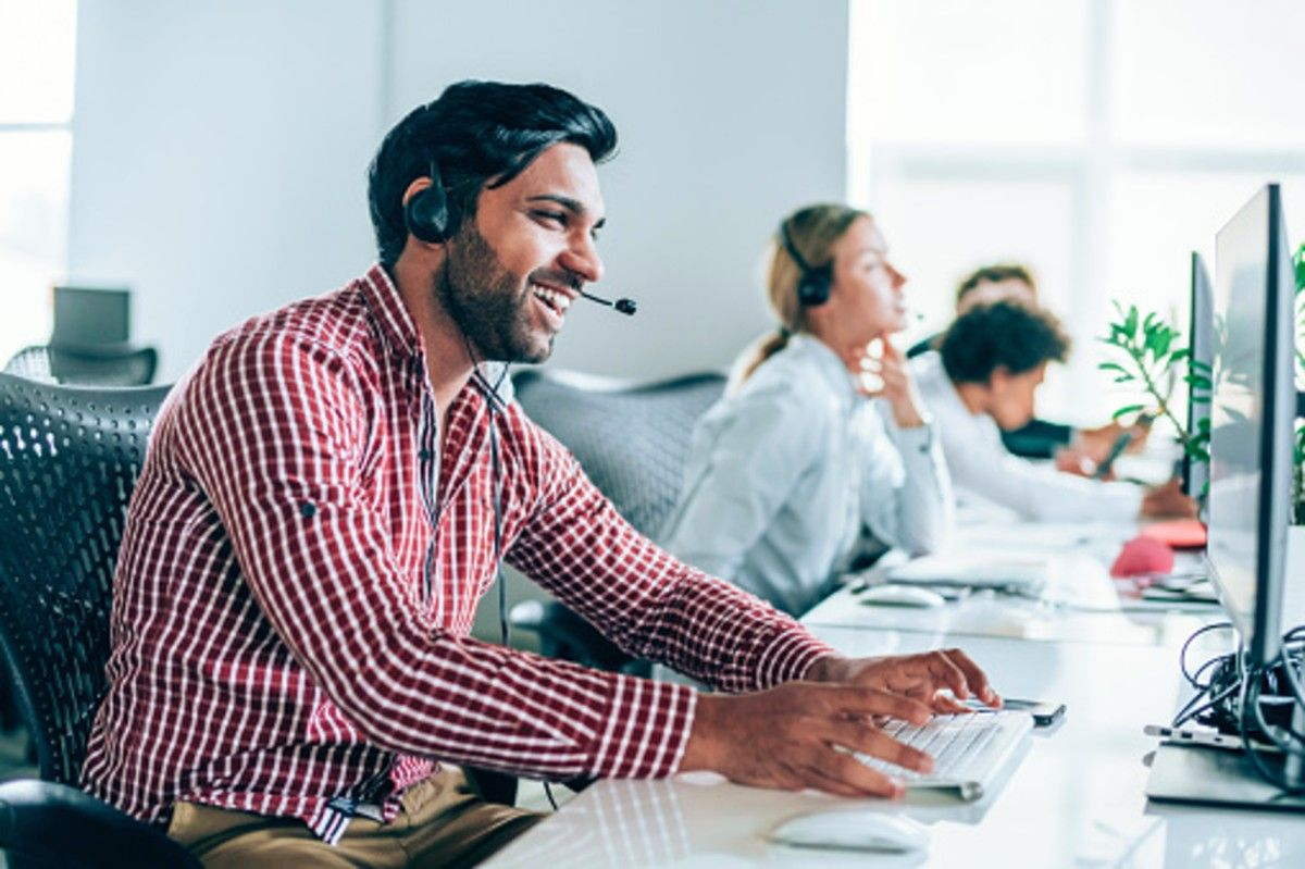 man working for telemarketing companies